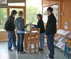 volunteers-in-dining-area